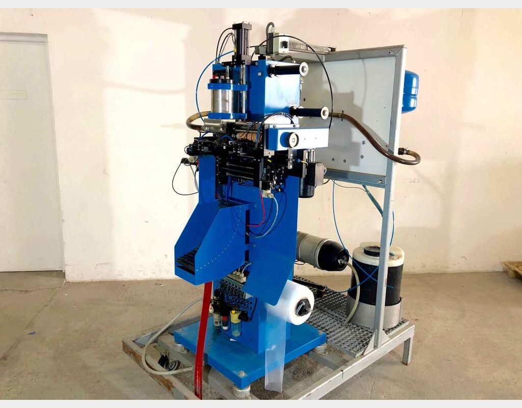Packaging machine - For water bladder